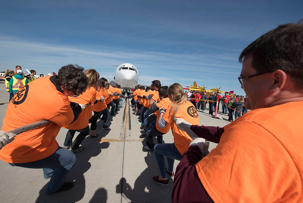 DAVID LIPNOWSKI / WINNIPEG FREE PRESS  The CAA team participates in the United Way Winnipeg's 13th Annual Plane Pull Friday September 23, 2016 at Red River College's Stevenson Campus.