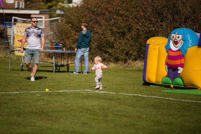 bensavellphotography_lloyds_clinical_homecare_family_fun_day_event_photography (97 of 405).jpg