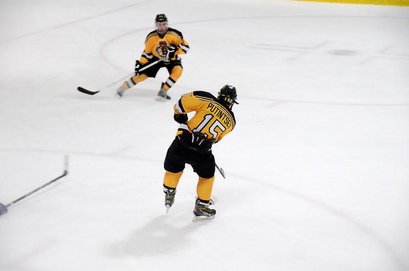 140913 Jr. Bruins vs. 495 Stars-135.JPG