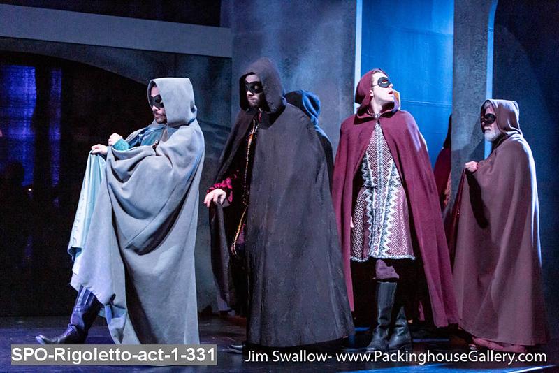 SPO-Rigoletto-act-1-331.jpg