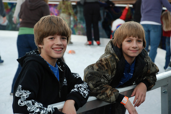 Dade and Payton Ice Skating 2008