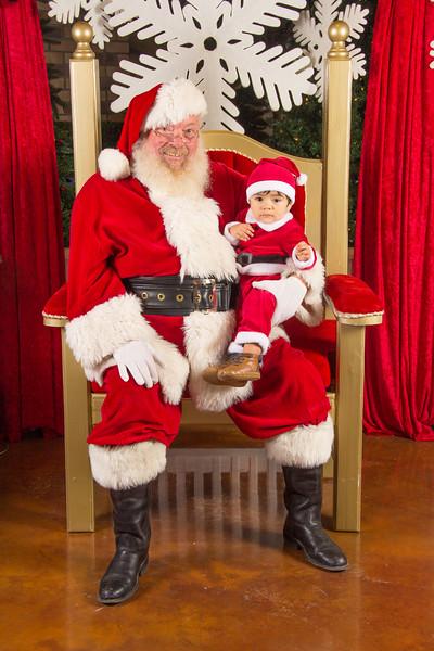 Santa 12-16-17-307.jpg