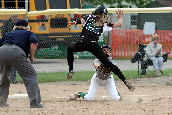 Softball District Semi - Nordonia v Aurora