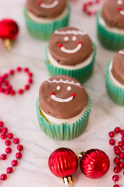 GingerbreadOreoCupcakes5-f.jpg