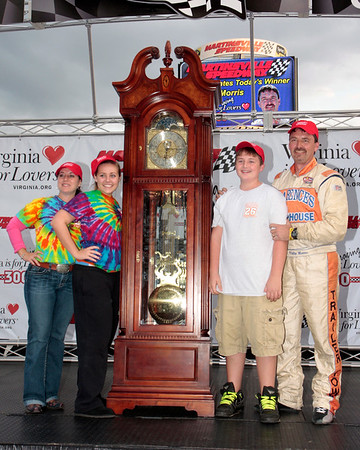 Virginia is for Racing Lovers 300 at Martinsville