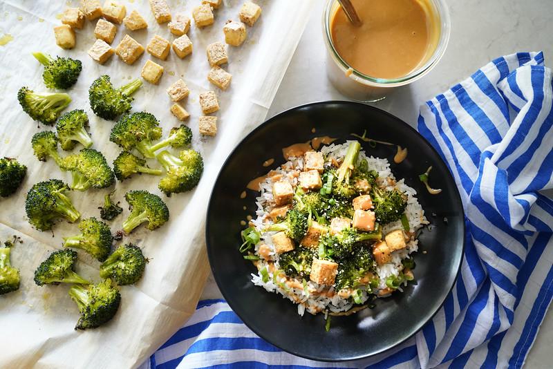 Tofu and broccoli with rice and peanut sauce