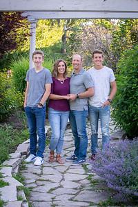 2020 Electronic Ready Family Portraits