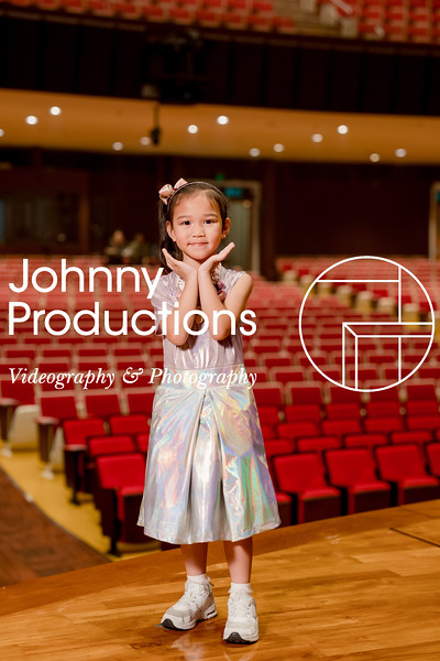 0033_day 1_orange & green shield portraits_red show 2019_johnnyproductions.jpg