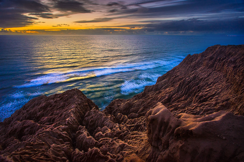 Torrey_Pines_Sandstone_Sunset_DSC0697.jpg
