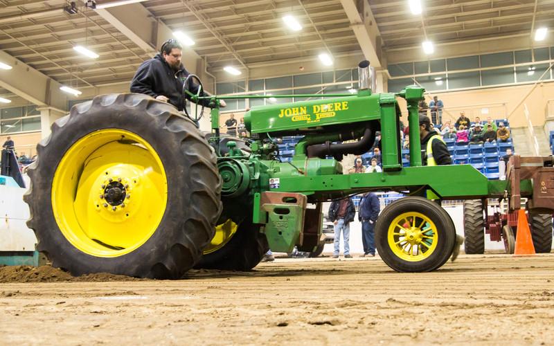 Tractor Pull-03681.jpg