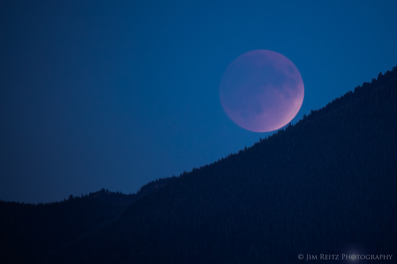 Supermoon lunar eclipse over Mount Si, Washington