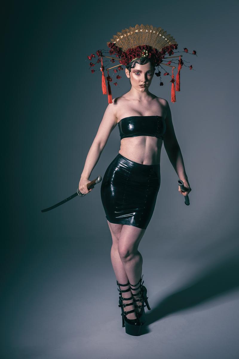 zoe model manchester sword