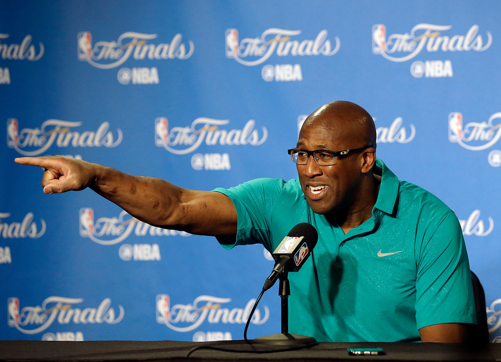 . Golden State Warriors interim head coach Mike Brown gestures during a news conference before Game 1 of basketball\'s NBA Finals between the Warriors and the Cleveland Cavaliers in Oakland, Calif., Thursday, June 1, 2017. (AP Photo/Jeff Chiu)