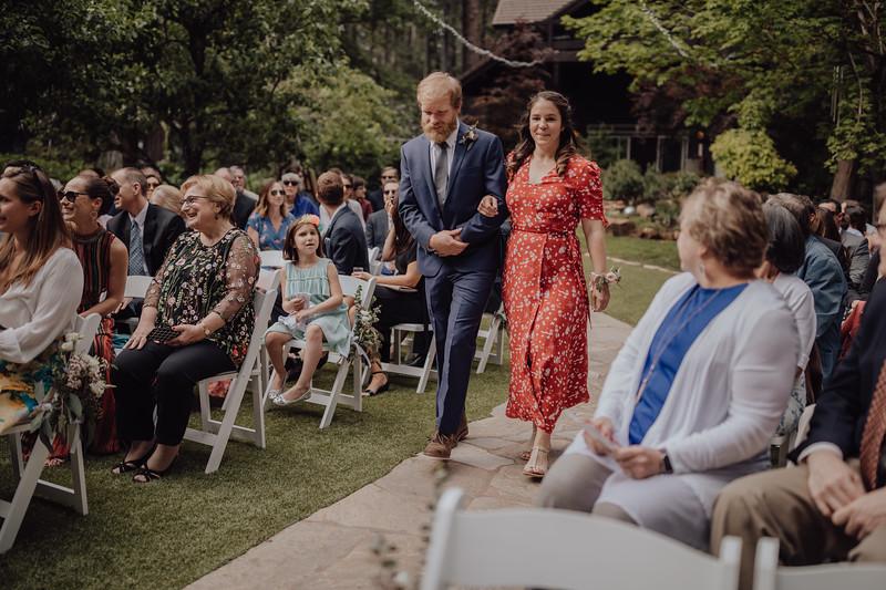 2018-05-12_ROEDER_JulieSeth_Wedding_ROEDER1_0093.jpg