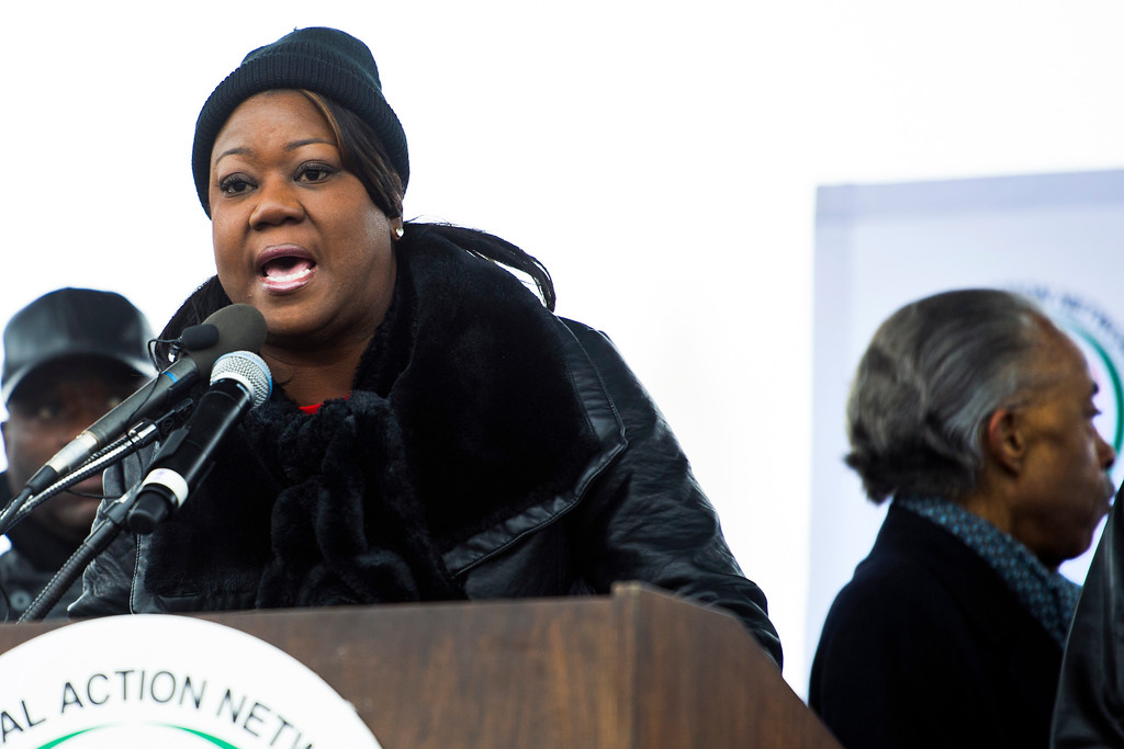 . Sabrina Fulton, mother of Travon Martin, speaks during a rally to honor the Rev. Martin Luther King, Jr. in Washington, Saturday, Jan. 14, 2017.  (AP Photo/Cliff Owen)