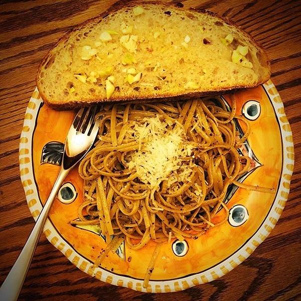 On the table last night: cacio e pepe with homemade garlic bread (@sullivanstreetbakery recipe)