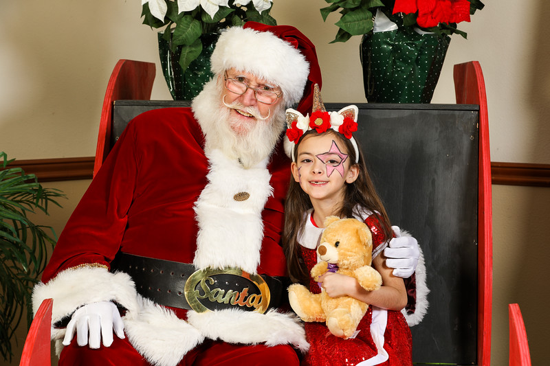 TBTP 2019 Photos with Santa-103.JPG
