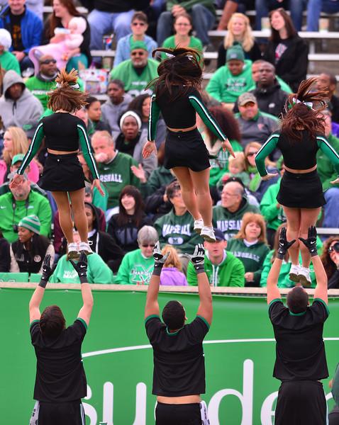 cheerleaders3647.jpg