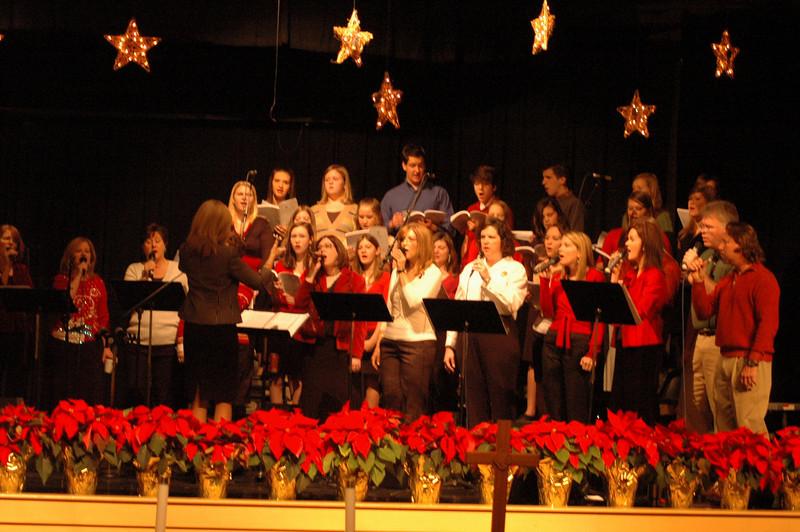 Asbury Youth Praise Christmas Concert 2007_10.JPG