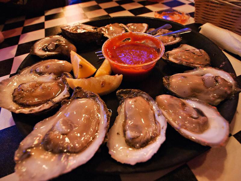 Acme Oyster House, Lee and Mary's favorite oysters ever