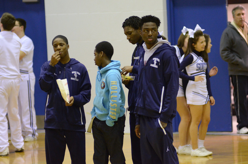 O E boys Varsity Vs Downers Grove So. 2012 IHSA Regional 009.JPG