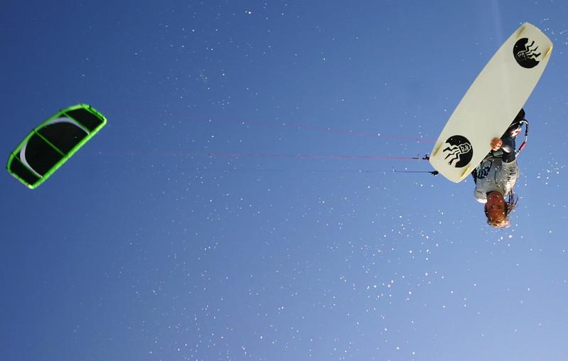 Kitesurf_Bully.jpg