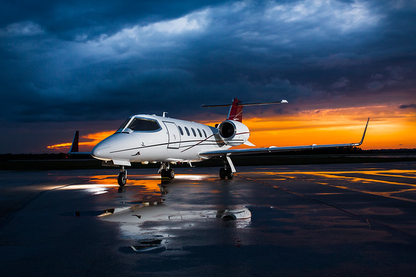 Lear Jet 31A N54HT (High Res)