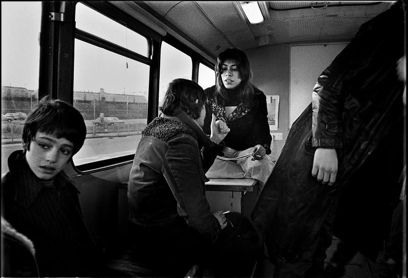 26 1980 11 16  I-162-13 int  bus.jpg