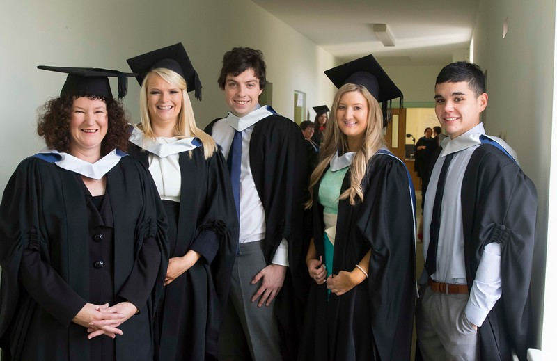 28/10/2015. Waterford Institute of Technology Conferring. Pictured are Alison O'Connor, Nicola Hutchinson, Kyle Sinnott, Mandy Ryan and Scott Delapaz from Waterford who graduated Bachelor of Arts in Legal Studies. Picture: Patrick Browne