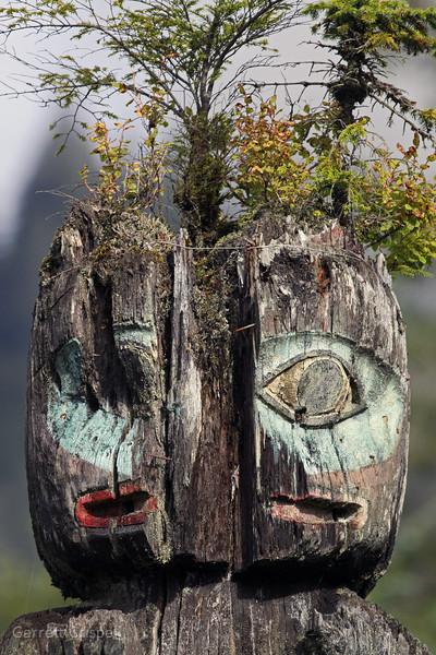 Ketch - A - Totem