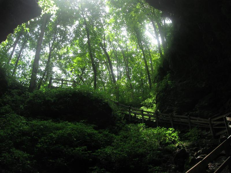 Maquoketa Caves State Park  (4.5 miles; d=5.50)