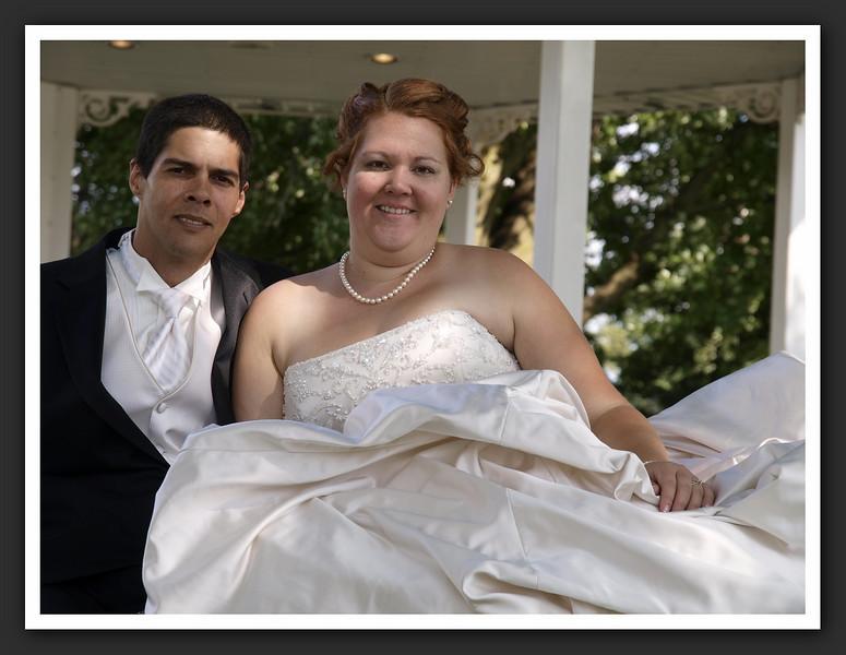 Bridal Party Family Shots at Stayner Gazebo 2009 08-29 152 .jpg