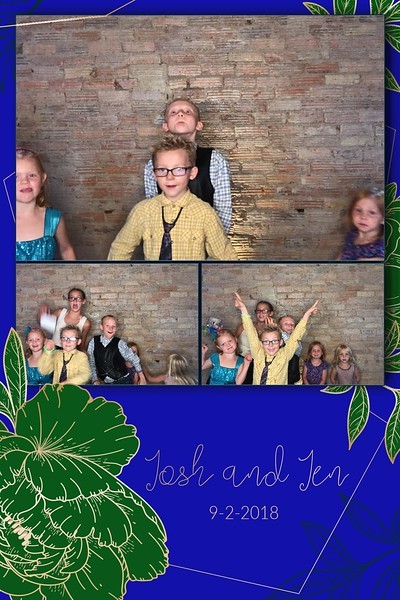 2018-09-02: The Capitol Room St. Peter Wedding Photo Booth