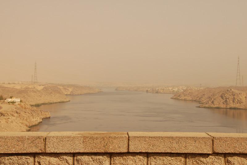 [20101005] Day 6 - Aswan Dam (27).JPG
