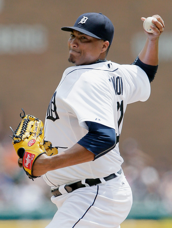 . Detroit Tigers pitcher Alfredo Simon delivers against the Cleveland Indians during the second inning of a baseball game Sunday, June 14, 2015, in Detroit. (AP Photo/Duane Burleson)