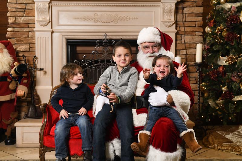 Santa2018.TylerBoye.-262.jpg