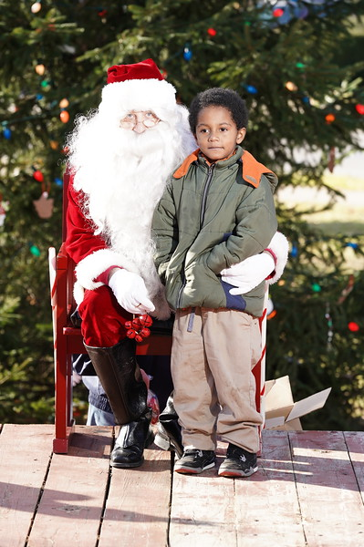 Santa In The Park 20190045.JPG