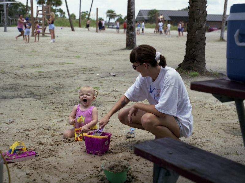 1996 06 08 - Party at Base Beach 076.jpg