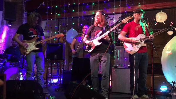 The Honeysuckle Roses at Texas Beer Co 12-22-2017