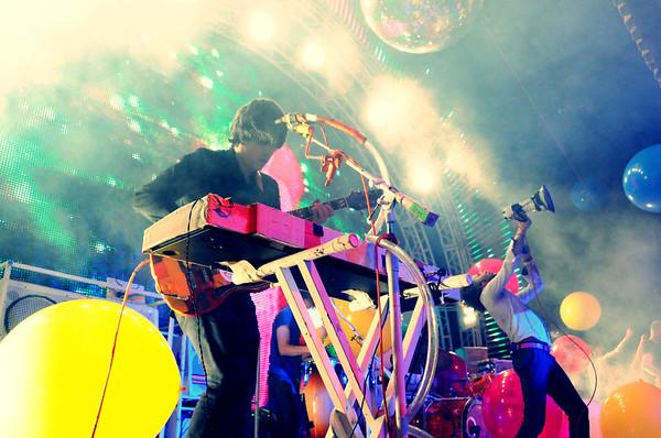 Steven Drozd, Wayne Coyne, The Flaming Lips, The Ryman Auditorium, Nashville,Tennessee,2011