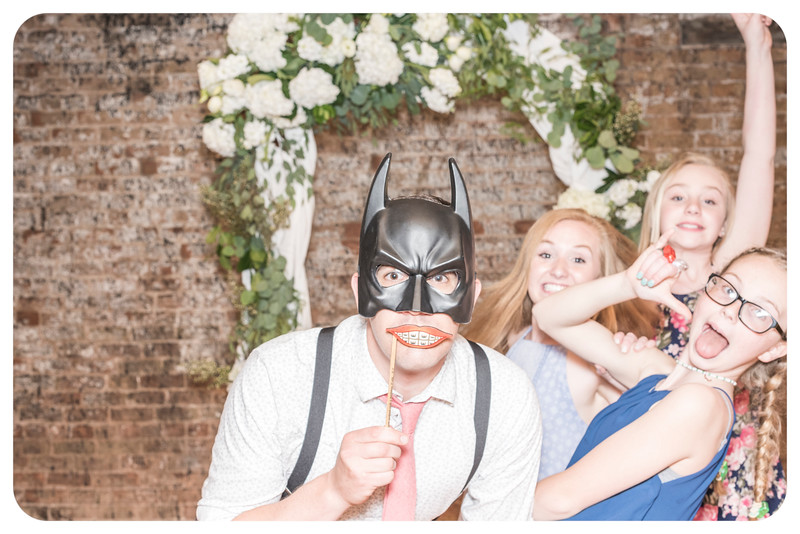 Laren&Bob-Wedding-Photobooth-159.jpg