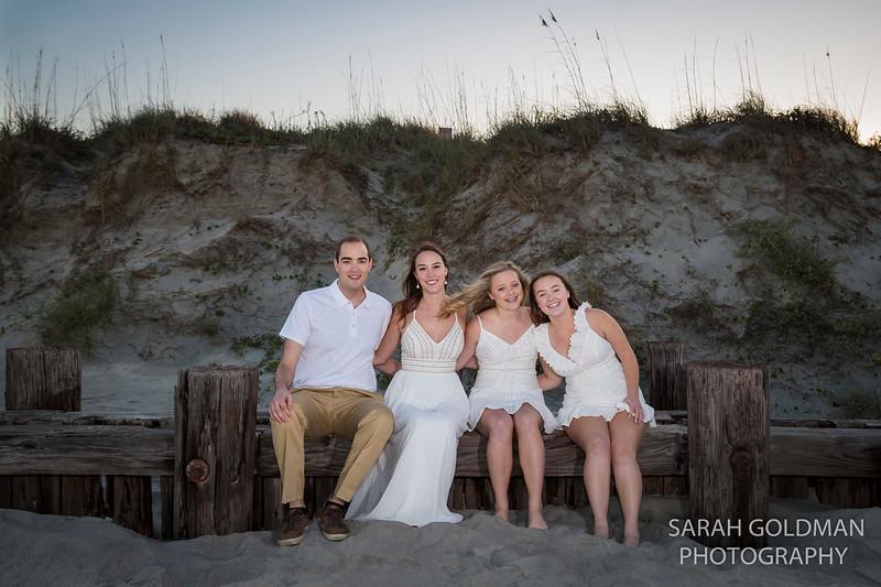 family photos by Morris Island lighthouse (32).jpg