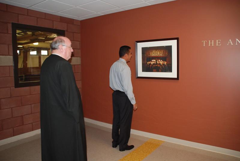 CathedralHigh_MartinFarfan-BrotherJames_2010-08-31_p026.JPG