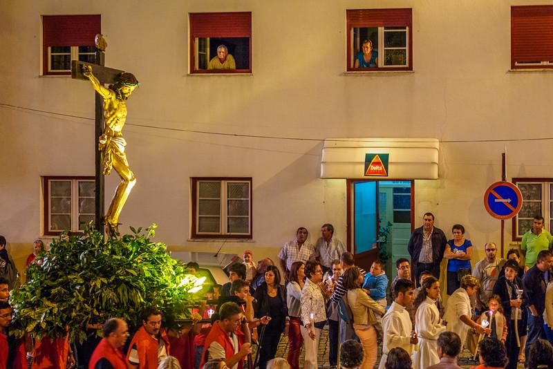 Religious procession in Mantiegas