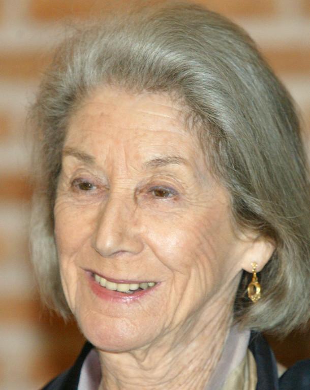 . South African author Nadine Gordimer , 5. Nov. 2003 in Muenchen. (AP Photo/Uwe Lein)