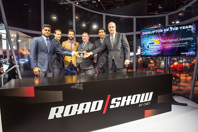 31643_Detroit Auto Show CNET Disruptor Of The Year Award 2015