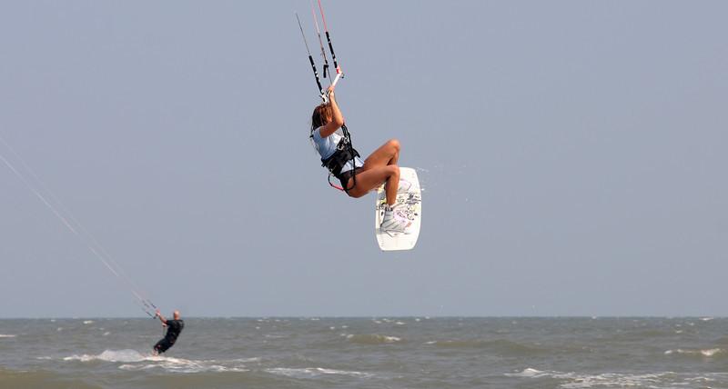 Kiteboarding_4.jpg