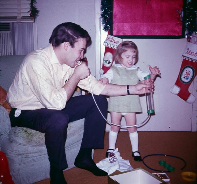 1969 12 Christmas 15.jpg