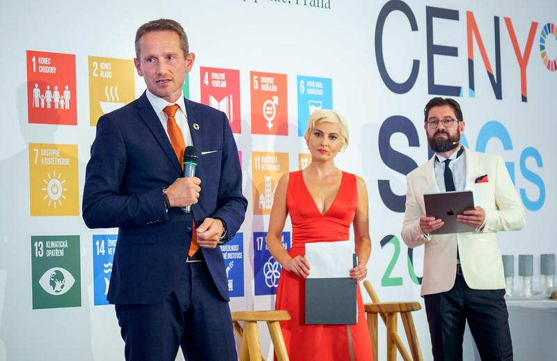 SDGs-145_www.klapper.cz.jpg
