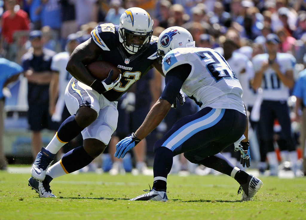 . Le\'Ron McClain #33 of the San Diego Chargers rushes against the Tennessee Titansat LP Field on September 22, 2013 in Nashville, Tennessee.  (Photo by Frederick Breedon/Getty Images)